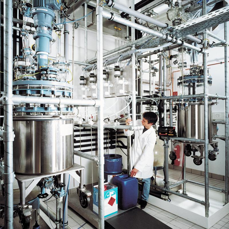 Upscaling of Hybrid Polymer Coatings